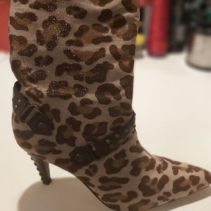 Leopard print ankle high heeled boots